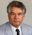 Краткая биография Чингиза Айтматова